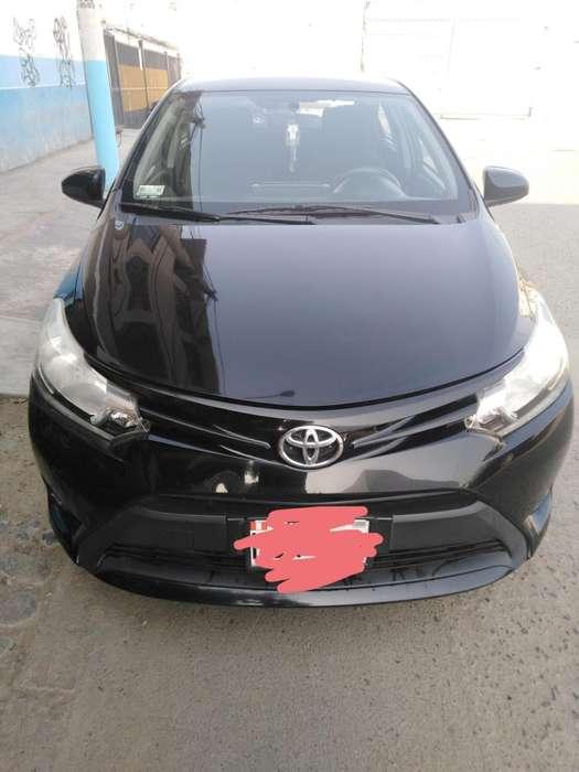 Toyota Yaris 2015 - 77000 km