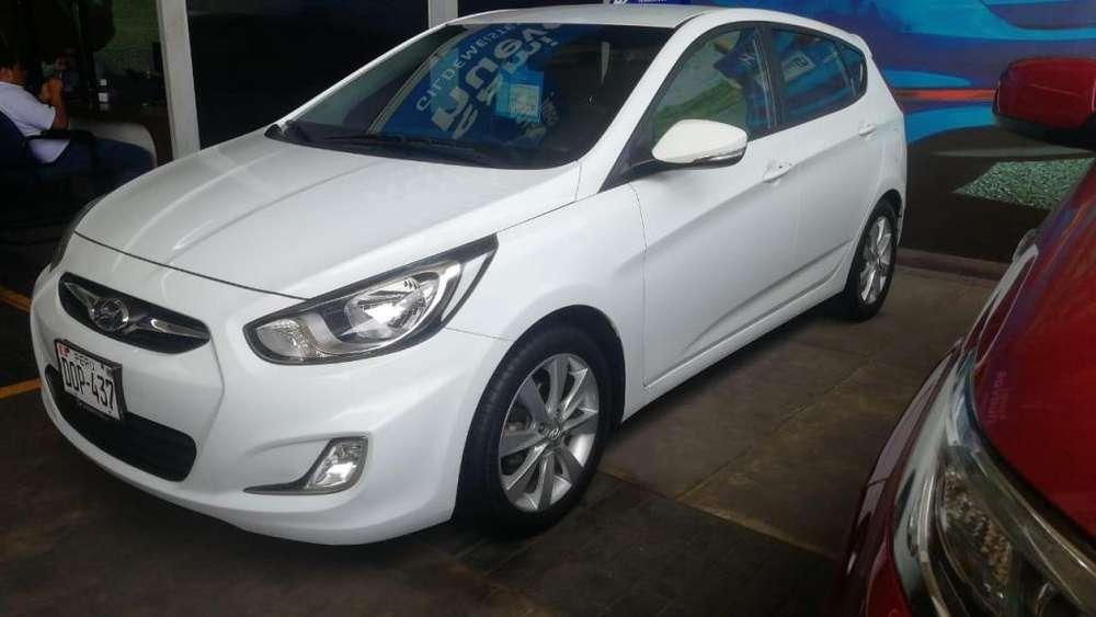 Hyundai Accent Hatchback 2013 - 53000 km