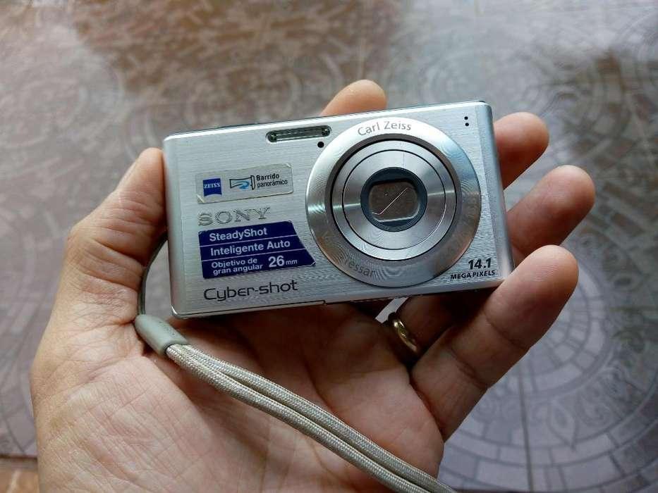 Cámara Sony Cybershot 14.1 Mp
