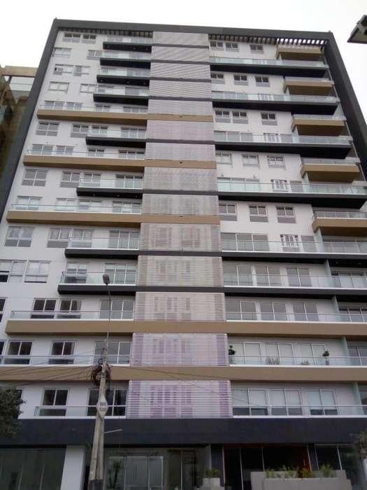 Dpto Flat 1302 vista calle en Zona Residencial y Central, Miraflores
