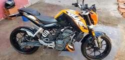 Moto Ktm Duke 200 Mod 2018