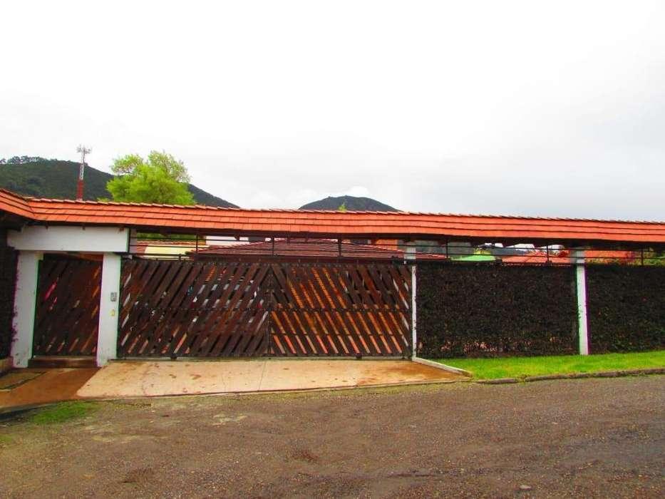 Casa Campestre en Cota, permuto menor Villavicencio y alrededores