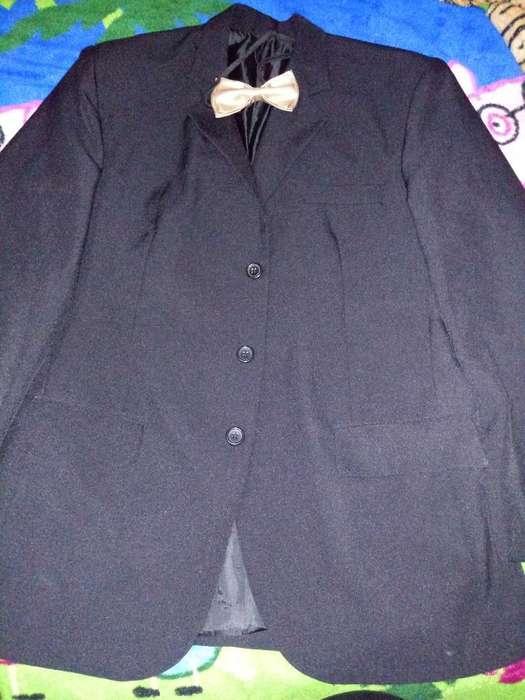 Vendo <strong>traje</strong> Nuevo con Moño Pan 46 Sa 52
