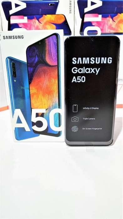 Samsung A50 Triple cámara 25MP/5MP/8MP Selfie 25MP