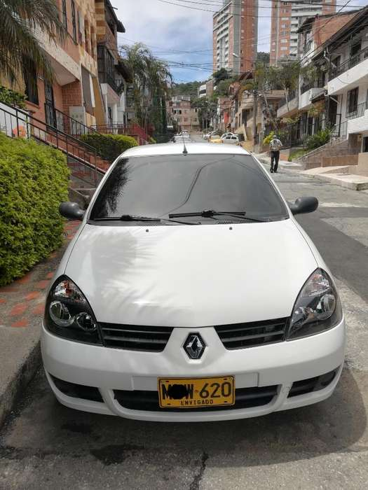 Renault Clio  2013 - 82000 km
