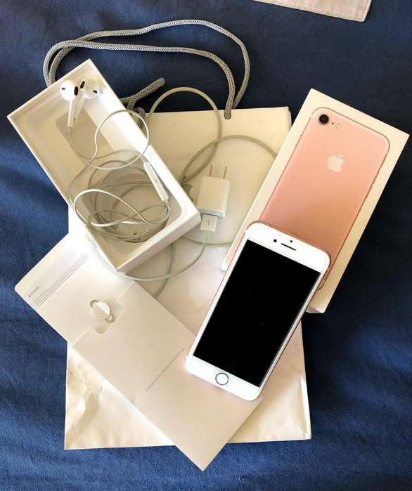 iPhone 7 32GB Rose Gold -Impecable- Incluye auriculares y cargador orginales