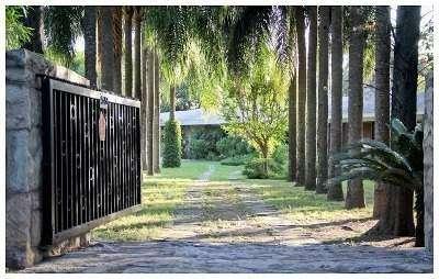 Venta-Gran Chalet Esquina-Frente al Golf club de Villa Allende
