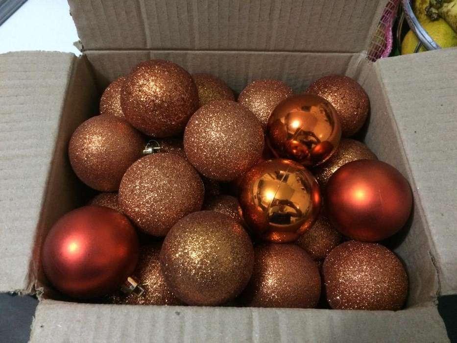 Bolas de Navidad Caja por 36 Medianas