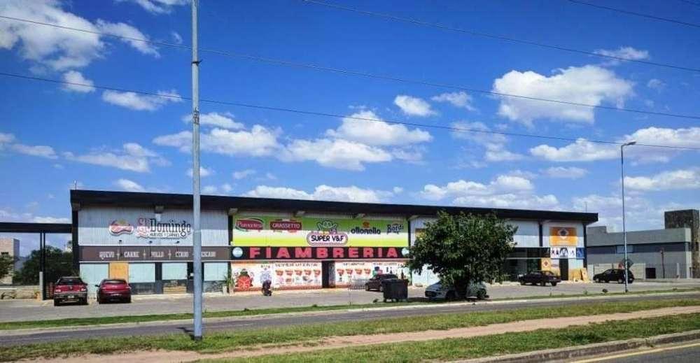 Venta Local Comercial en Complejo Las Moras - Valle Escondido