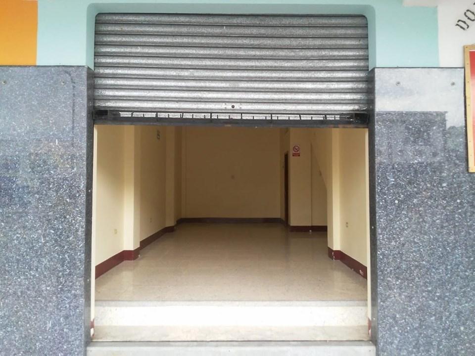 Local en Alquiler Av. Quito. 34 Mtr2, 1 Baños