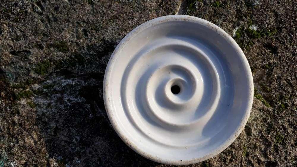 Antiguo Disco De Porcelana Salva O Cuida Leche Antiderrame