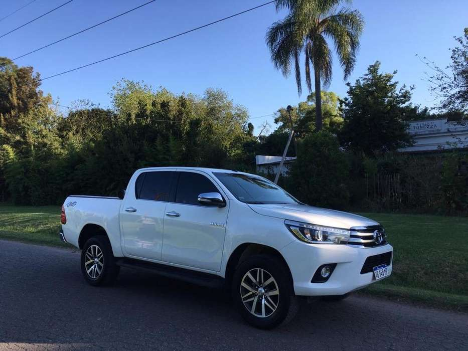 Toyota Hilux 2017 - 31000 km
