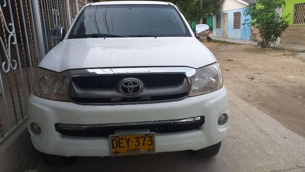 Toyota Hilux 2012 - 159000 km