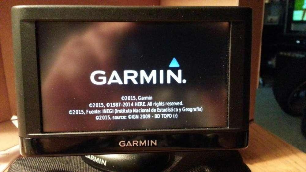 GPS GARMIN NUVI 42 LCD (MORON LINIERS) POCO USO CON GARANTIA SIN DETALLES COMPLETO!!