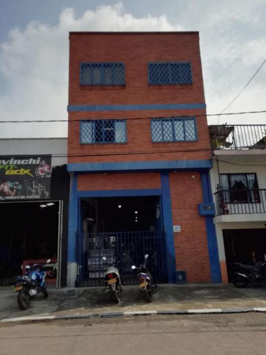 Bodega Comercial en barrio Villacolombia