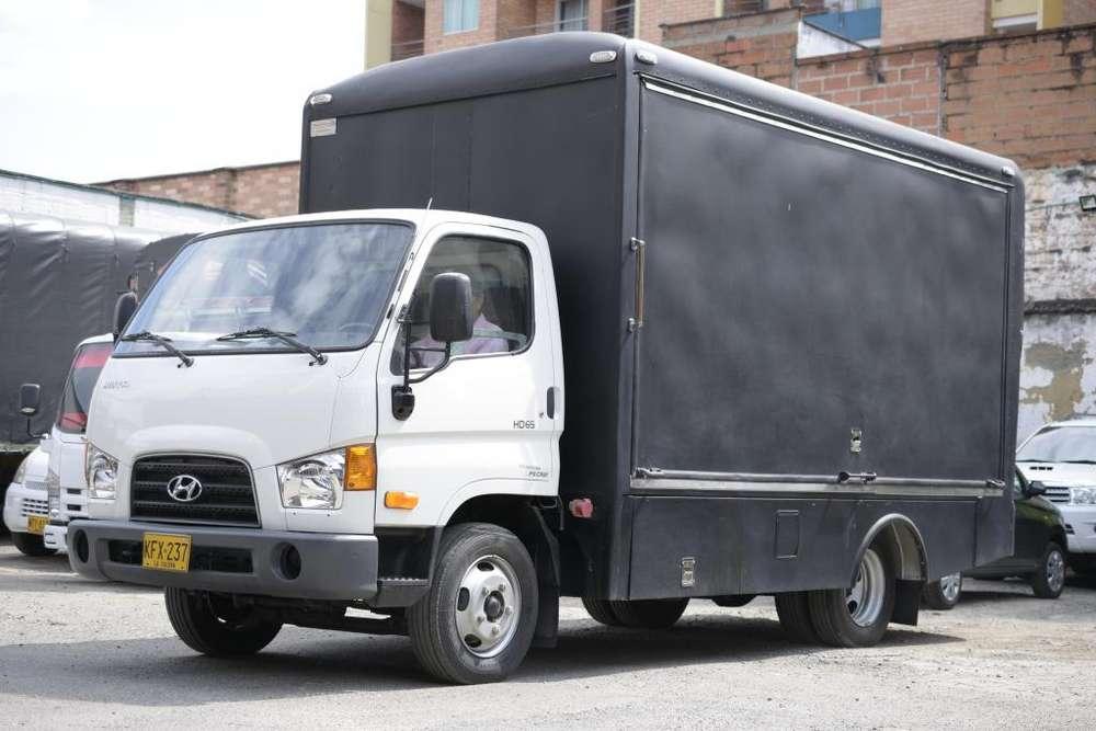 Camión / oficina Hyundai HD65 !solo 9000km!
