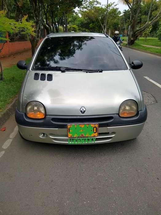 Renault Twingo 2005 - 144000 km