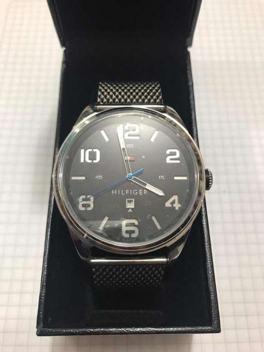 reloj Tommy Hilfiger original nuevo