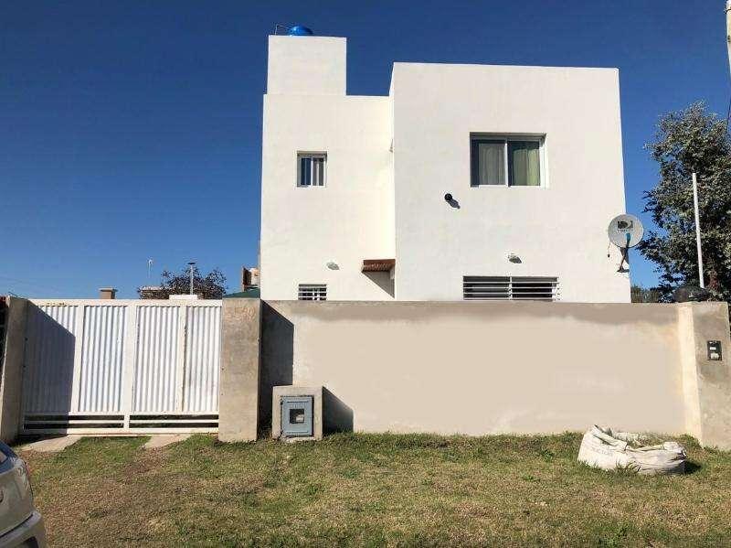 Ridella Propiedades Casa en alquiler en City Bell. 444 30 y 31