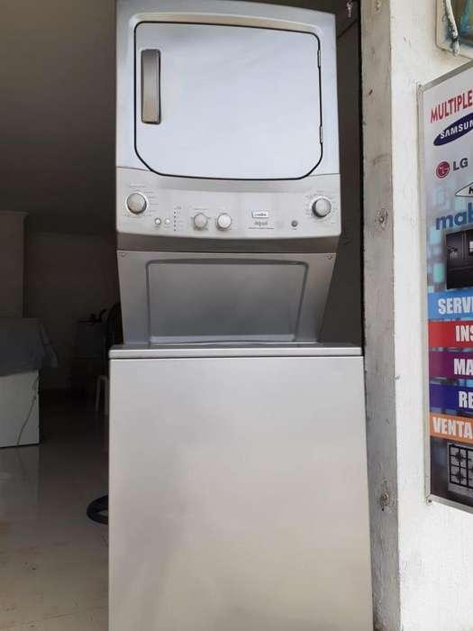 Se vende Lavadora-secadora.