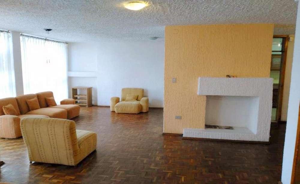 La Carolina, departamento en arriendo, 3 habitaciones, 2 baños, 1 parqueadero, 139 m2