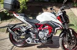 REMATO MOTO NAKED GR*6 300cc 2018 3800Km