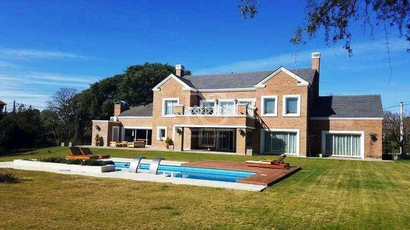 Casa en venta, Las Delicias, Av. Ejército Argentino 1000