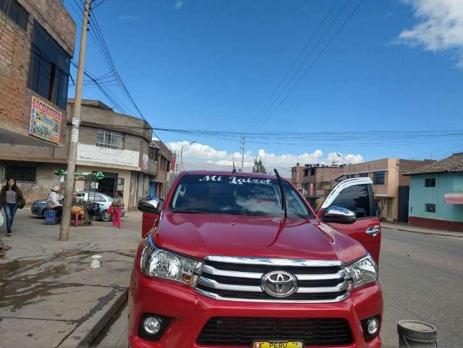 Toyota Hilux 2018 - 28000 km