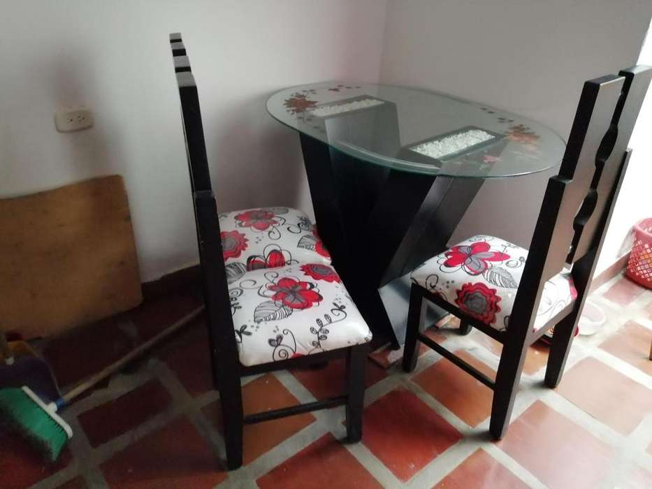 Mueble y <strong>comedor</strong>