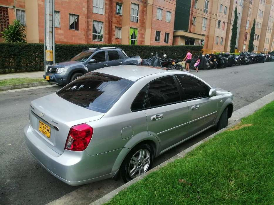 Chevrolet Optra 2008 - 140000 km