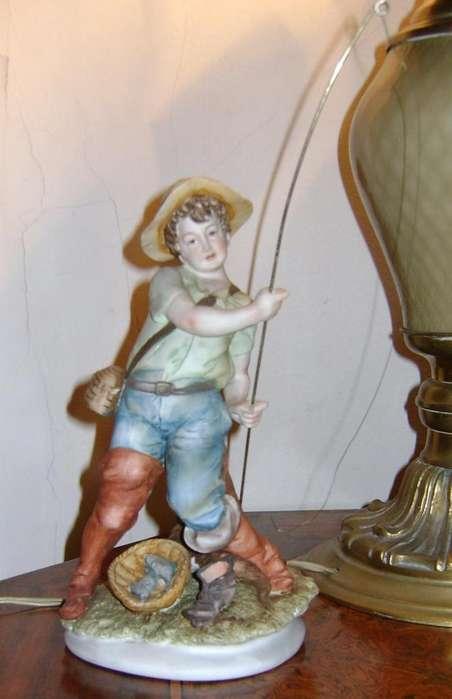 Figura Niño Pescador biscuit porcelana japonesa / Maxim Nord