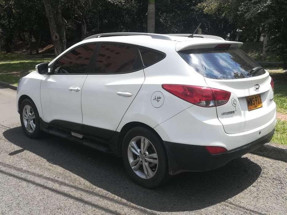 Hyundai Tucson ix-35 2013 - 98800 km