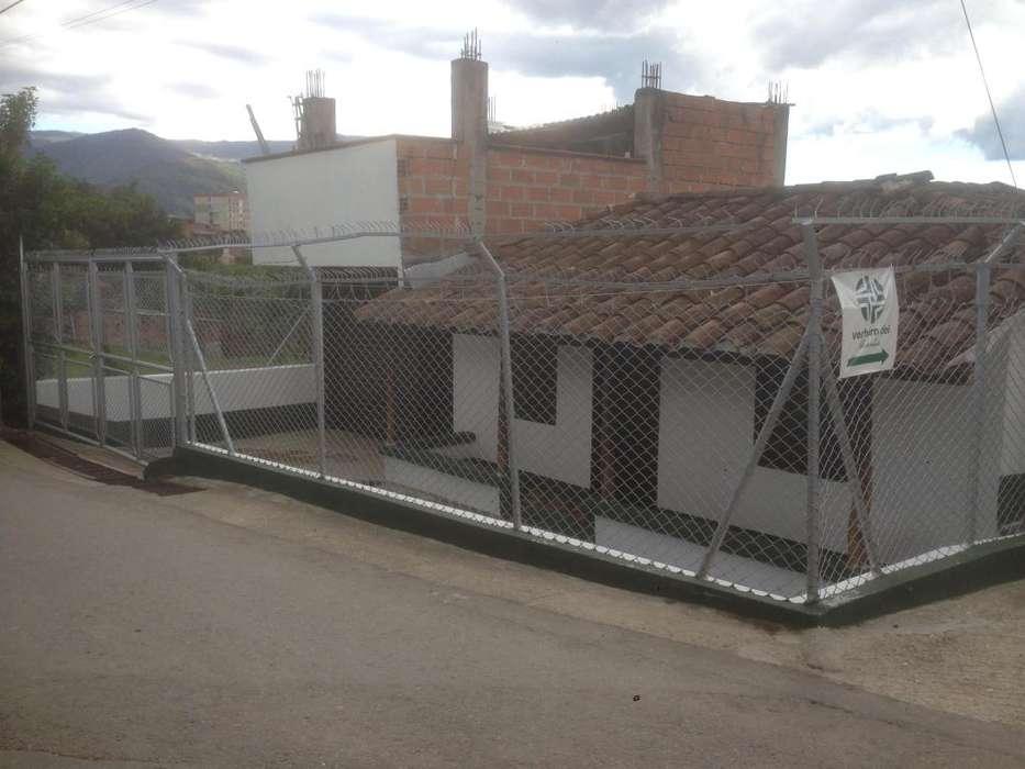 Casa mas local en Pueblo viejo la estrella