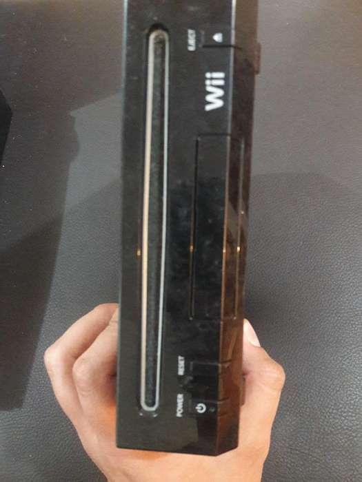 Nintendo Wii Usada sin Controles