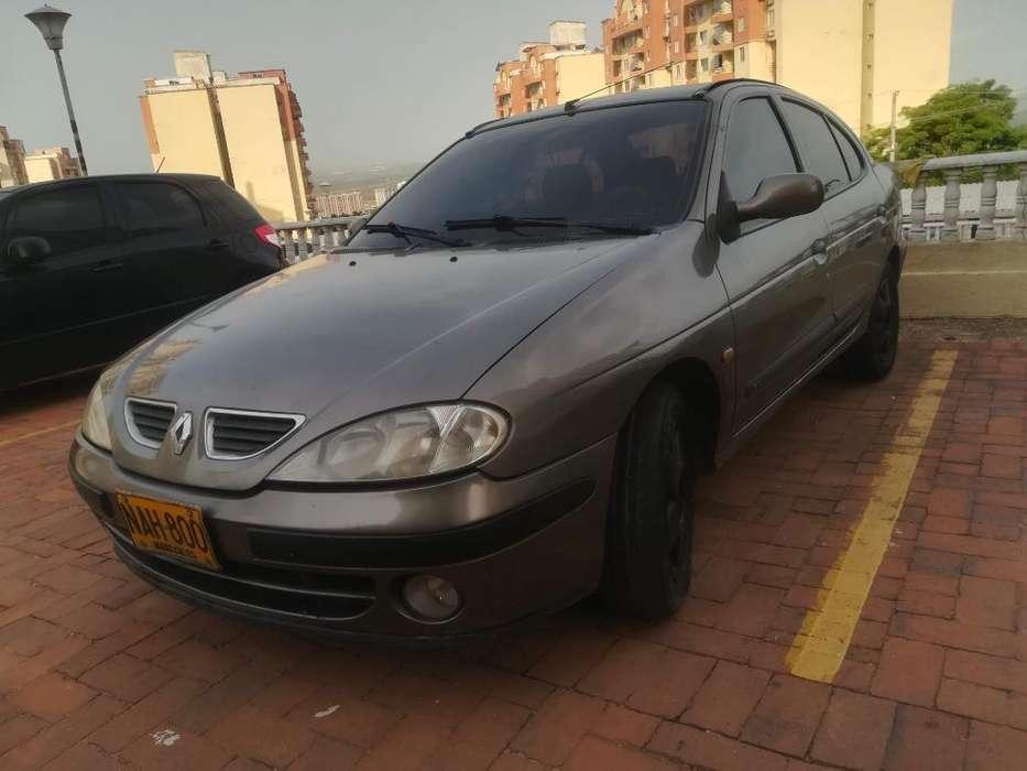 Renault Megane  2004 - 244000 km