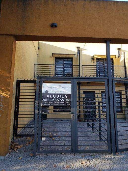 Duplex en alquiler en Bernal Centro