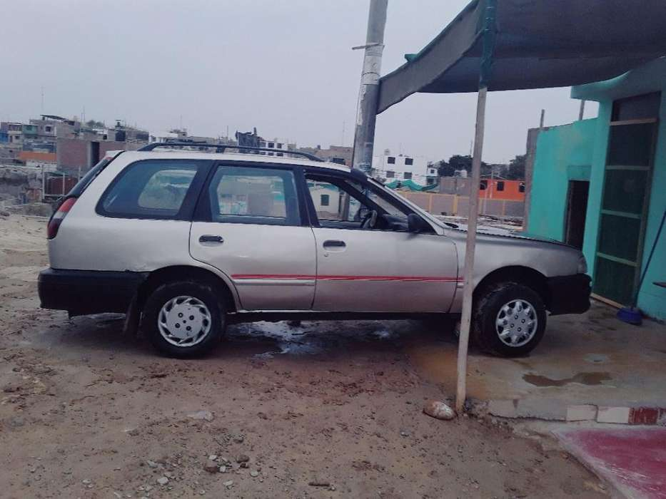 Nissan Otro 1997 - 150000 km