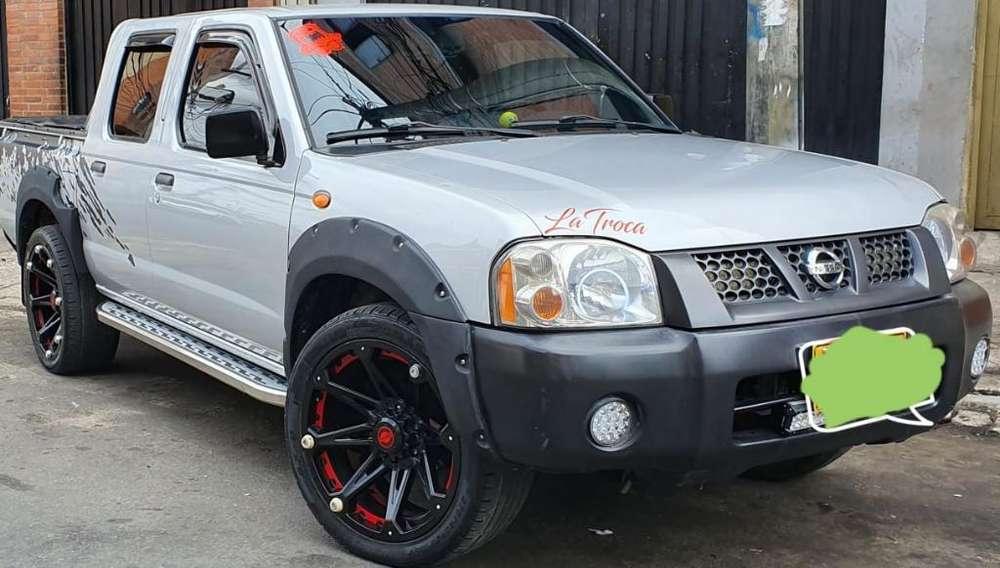 Nissan Frontier 2010 - 113208 km