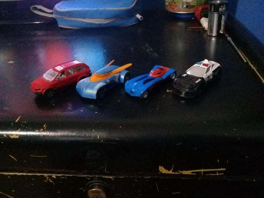 coleccion de 4 autos majorette