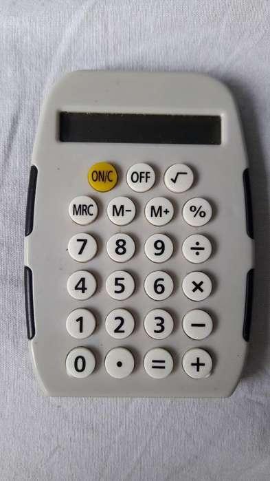 <strong>calculadora</strong>. sin Uso. Hay Q Ponerle Pila