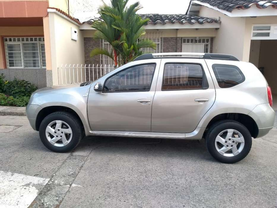 Renault Duster 2014 - 140000 km
