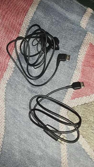 Vendo Auricular Y Cable Usb Samsung