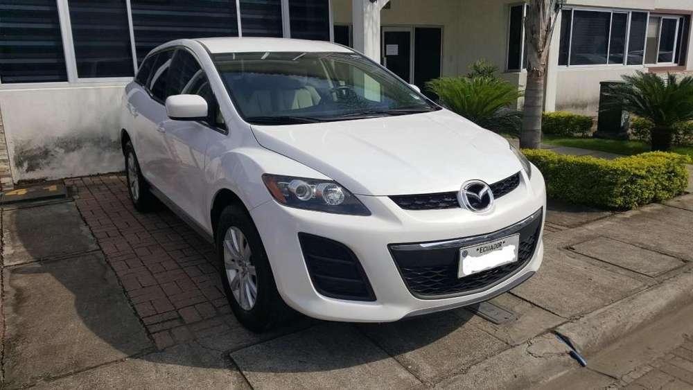 Mazda Otro 2010 - 135000 km