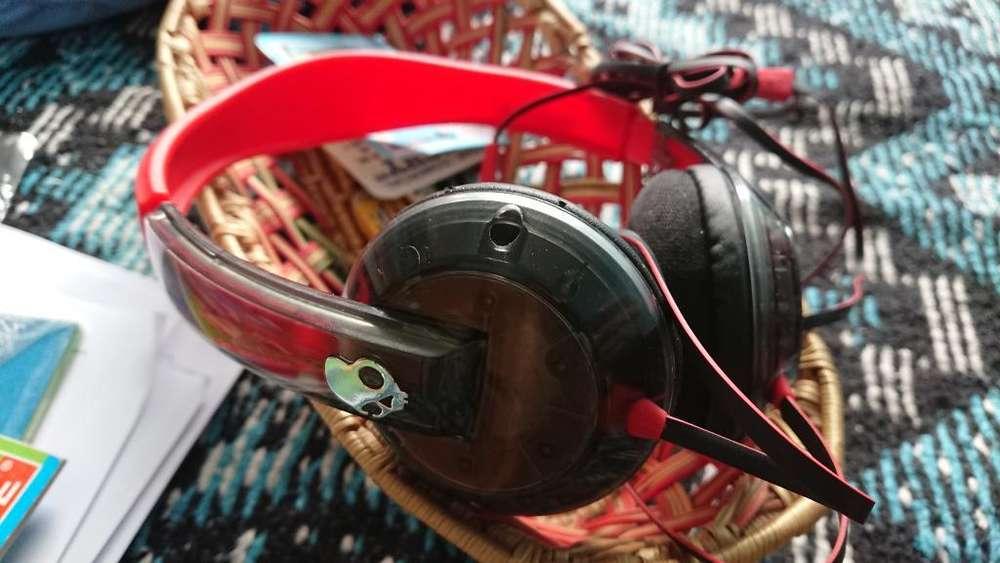 Audífono Skullcandy Rojo