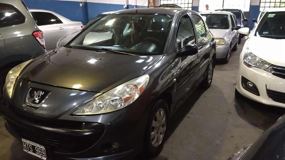 Peugeot 207 Compact 2009 - 149000 km