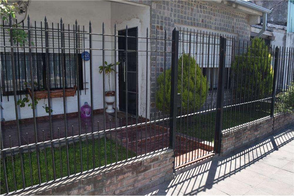 Casa 3 ambientes venta Padua Apto crédito