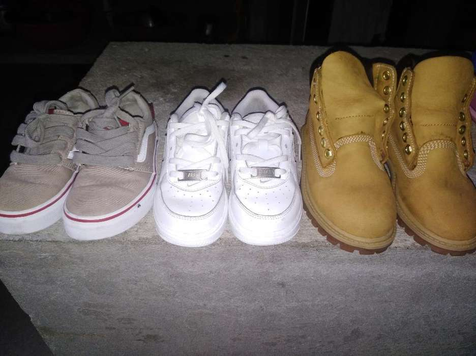 Zapatos de Niños Talla 27