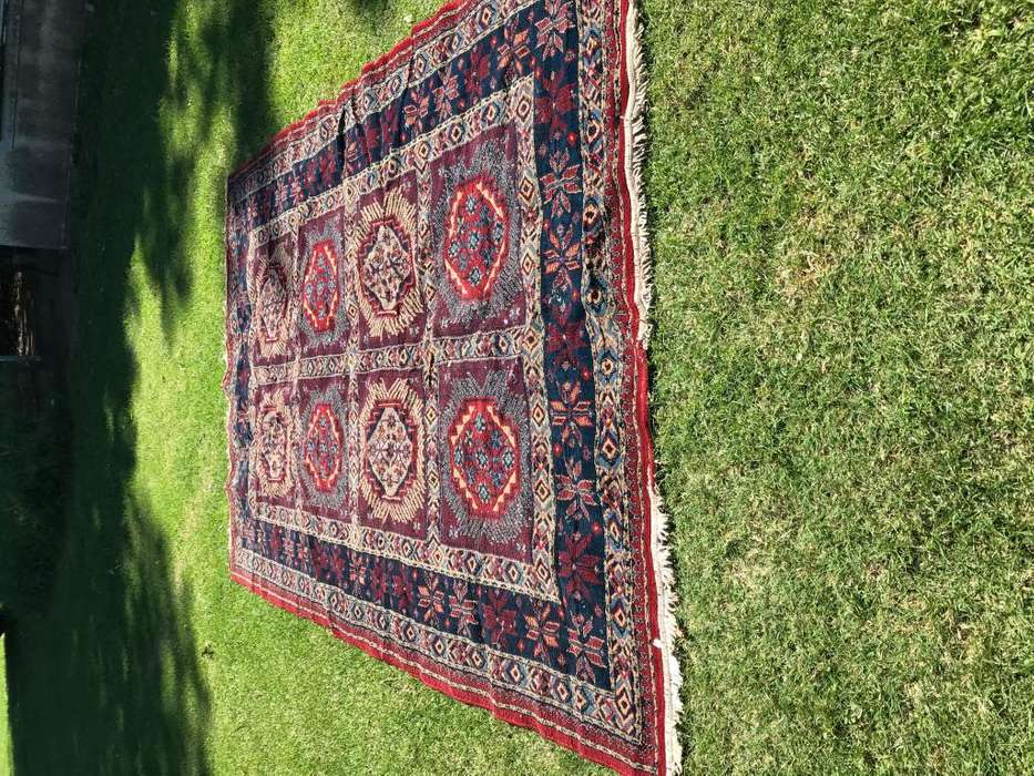 Alfombra de lana tipo persa