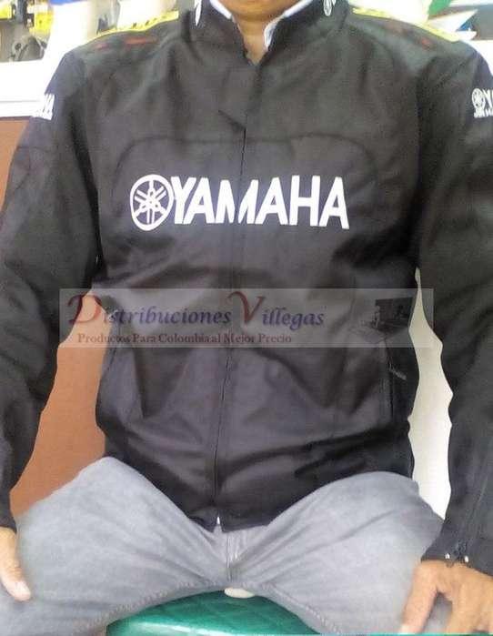 Chaqueta Yamaha Protección Motociclistas Negra Azul y Roja