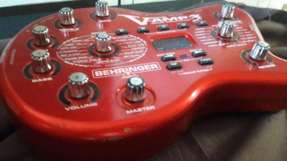 Pedal Multiefectos V-amp 3 y controlador midi de pie FCB1010